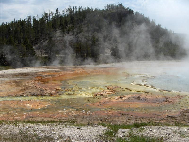 Usa Parchi dell'ovest, Grandi parchi americani, Yellowstone National Park, Midway Geyser Basin